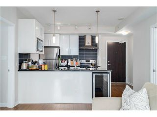 "Photo 4: 1802 689 ABBOTT Street in Vancouver: Downtown VW Condo for sale in ""ESPANA (Tower A)"" (Vancouver West)  : MLS®# V1115258"