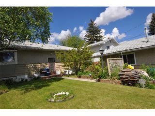 Photo 5: 80 GLAMORGAN Drive SW in Calgary: Glamorgan House for sale : MLS®# C4015454