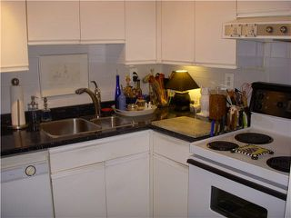 Photo 8: 102 1476 W 10TH Avenue in Vancouver: Fairview VW Condo for sale (Vancouver West)  : MLS®# V1132798