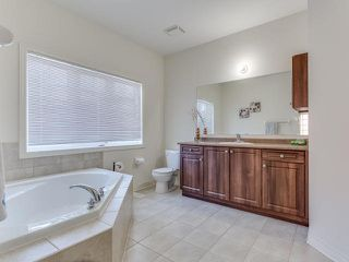 Photo 3: 25 Platform Crest in Brampton: Northwest Brampton House (2-Storey) for sale : MLS®# W3273175
