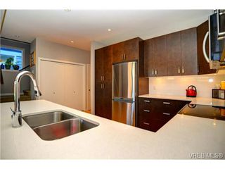 Photo 3: 3240 Navy Crt in VICTORIA: La Walfred House for sale (Langford)  : MLS®# 719011