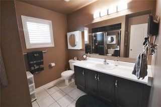 Photo 7: 39 Parkfield Court in Vaughan: West Woodbridge House (2-Storey) for sale
