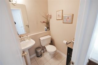 Photo 4: 39 Parkfield Court in Vaughan: West Woodbridge House (2-Storey) for sale