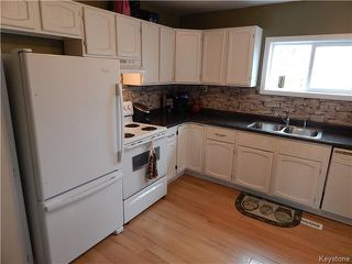 Photo 5: 815 Boyd Avenue in Winnipeg: North End Residential for sale (North West Winnipeg)  : MLS®# 1609014