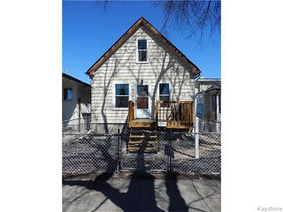 Photo 1: 815 Boyd Avenue in Winnipeg: North End Residential for sale (North West Winnipeg)  : MLS®# 1609014