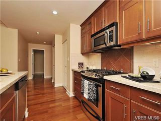 Photo 9: 314 225 Menzies St in VICTORIA: Vi James Bay Condo for sale (Victoria)  : MLS®# 731043