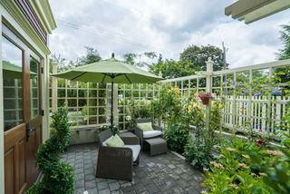 Photo 4: 2437 W 5TH Avenue in Vancouver: Kitsilano House 1/2 Duplex for sale (Vancouver West)  : MLS®# R2081967