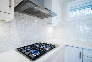 Photo 12: 2437 W 5TH Avenue in Vancouver: Kitsilano House 1/2 Duplex for sale (Vancouver West)  : MLS®# R2081967