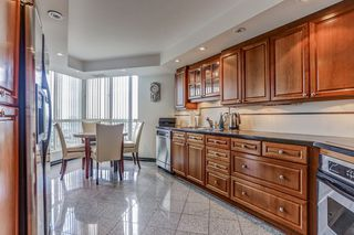 Photo 16: 2109 55 Kingsbridge Garden Circle in Mississauga: Hurontario Condo for sale : MLS®# W3590743