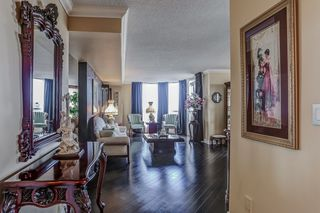 Photo 14: 2109 55 Kingsbridge Garden Circle in Mississauga: Hurontario Condo for sale : MLS®# W3590743
