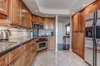 Photo 15: 2109 55 Kingsbridge Garden Circle in Mississauga: Hurontario Condo for sale : MLS®# W3590743