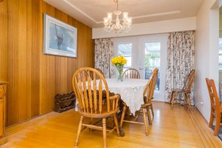 "Photo 5: 121 RICKMAN Place in New Westminster: The Heights NW House for sale in ""THE HEIGHTS"" : MLS®# R2124927"