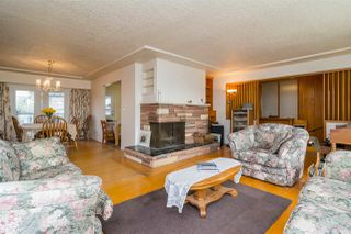 "Photo 3: 121 RICKMAN Place in New Westminster: The Heights NW House for sale in ""THE HEIGHTS"" : MLS®# R2124927"