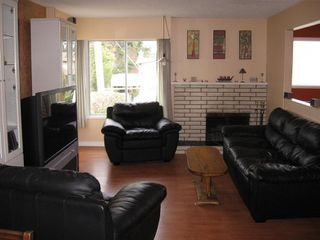 Photo 4: 11018 83A Avenue in North Delta: Home for sale : MLS®# F2903327