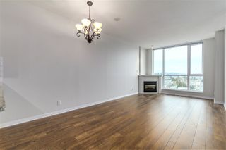 "Photo 3: 1802 188 E ESPLANADE Street in North Vancouver: Lower Lonsdale Condo for sale in ""THE ESPLANADE"" : MLS®# R2141374"