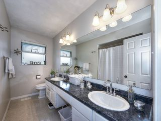 Photo 12: 4951 STEVENS Drive in Delta: Tsawwassen Central House for sale (Tsawwassen)  : MLS®# R2142826