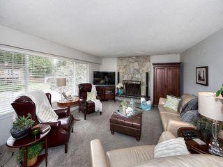 Photo 2: 4951 STEVENS Drive in Delta: Tsawwassen Central House for sale (Tsawwassen)  : MLS®# R2142826