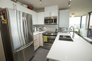 "Photo 4: 706 2689 KINGSWAY in Vancouver: Collingwood VE Condo for sale in ""SKYWAY TOWER"" (Vancouver East)  : MLS®# R2146581"