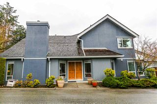 Photo 1: 10 1925 INDIAN RIVER CRESCENT in North Vancouver: Indian River Townhouse for sale : MLS®# R2147071