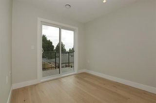 Photo 11: 233 W 19TH Street in North Vancouver: Central Lonsdale 1/2 Duplex for sale : MLS®# R2202782