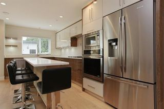 Photo 7: 233 W 19TH Street in North Vancouver: Central Lonsdale 1/2 Duplex for sale : MLS®# R2202782