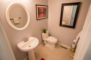 Photo 10: 2103 36 AV NW in Edmonton: Zone 30 House for sale : MLS®# E4080794