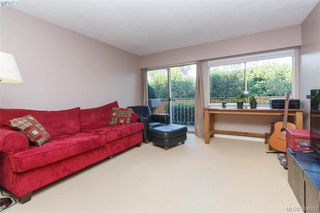 Photo 6: 107 1680 Poplar Ave in VICTORIA: SE Mt Tolmie Condo for sale (Saanich East)  : MLS®# 771821
