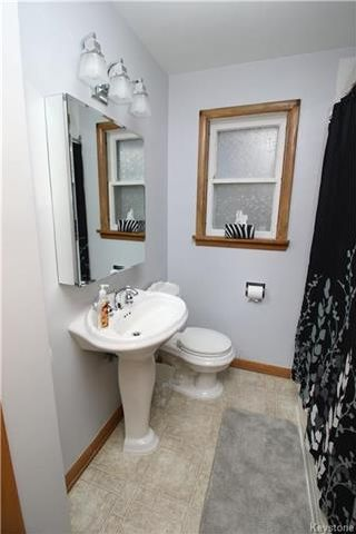 Photo 12: 836 Polson Avenue in Winnipeg: Sinclair Park Residential for sale (4C)  : MLS®# 1727647