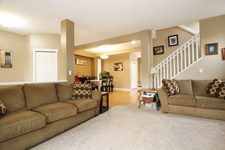 Photo 4: 19858 70 ave in Langley: Willoughby Heights House for sale : MLS®# R2213989