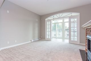 Photo 6: 306 33485 SOUTH FRASER Way in Abbotsford: Central Abbotsford Condo for sale : MLS®# R2235703