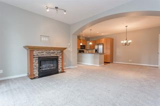 Photo 9: 306 33485 SOUTH FRASER Way in Abbotsford: Central Abbotsford Condo for sale : MLS®# R2235703