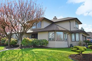 Photo 1: 8458 214 A St. FOREST HILLS Walnut Grove in LANGLEY: Home for sale : MLS®# R2158756