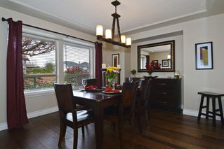 Photo 9: 8458 214 A St. FOREST HILLS Walnut Grove in LANGLEY: Home for sale : MLS®# R2158756