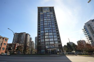 """Main Photo: 1004 850 ROYAL Avenue in New Westminster: Downtown NW Condo for sale in """"THE ROYALTON"""" : MLS®# R2248889"""