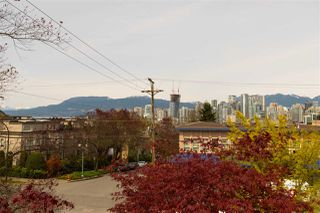 """Photo 19: 209 1082 W 8TH Avenue in Vancouver: Fairview VW Condo for sale in """"LE GALLERIA"""" (Vancouver West)  : MLS®# R2256851"""