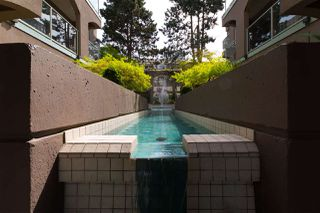 """Photo 4: 209 1082 W 8TH Avenue in Vancouver: Fairview VW Condo for sale in """"LE GALLERIA"""" (Vancouver West)  : MLS®# R2256851"""