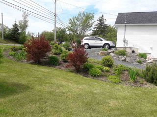 Photo 2: 300 Mountain Road in New Glasgow: 106-New Glasgow, Stellarton Residential for sale (Northern Region)  : MLS®# 201807724