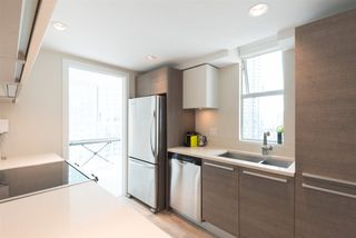 "Photo 7: 2006 1323 HOMER Street in Vancouver: Yaletown Condo for sale in ""Pacific Point"" (Vancouver West)  : MLS®# R2293683"
