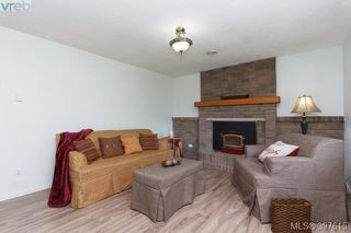 Photo 3: 3039 Glen Lake Road in VICTORIA: La Glen Lake Single Family Detached for sale (Langford)  : MLS®# 397615