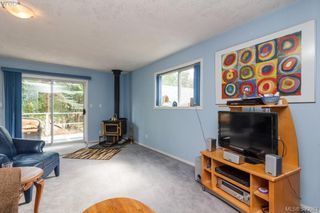 Photo 4: 2634 Wylde wood Ave in SHAWNIGAN LAKE: ML Shawnigan Single Family Detached for sale (Malahat & Area)  : MLS®# 797479
