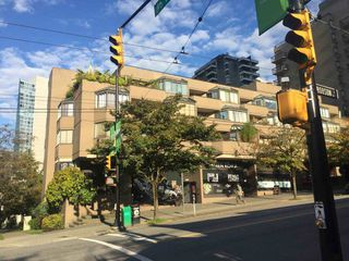 "Main Photo: 501 1455 ROBSON Street in Vancouver: West End VW Condo for sale in ""THE COLONADE"" (Vancouver West)  : MLS®# R2314181"