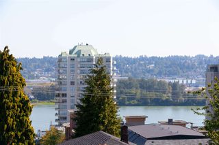 Photo 4: 302 320 ROYAL Avenue in New Westminster: Downtown NW Condo for sale : MLS®# R2317716