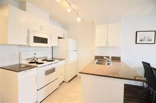 "Photo 8: 1916 938 SMITHE Street in Vancouver: Downtown VW Condo for sale in ""ELECTRIC AVENUE"" (Vancouver West)  : MLS®# R2321492"