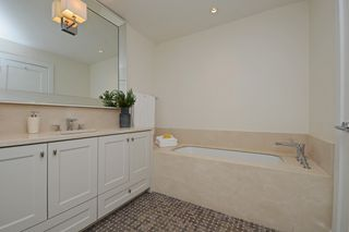 Photo 12: 1357 CHESTNUT Street in Vancouver: Kitsilano Townhouse for sale (Vancouver West)  : MLS®# R2336957