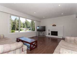 """Photo 3: 4011 196A Street in Langley: Brookswood Langley House for sale in """"Brookswood"""" : MLS®# R2339230"""