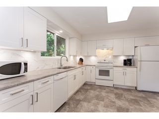 """Photo 6: 4011 196A Street in Langley: Brookswood Langley House for sale in """"Brookswood"""" : MLS®# R2339230"""