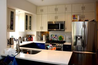 Photo 5: 796 E 13TH Avenue in Vancouver: Mount Pleasant VE House for sale (Vancouver East)  : MLS®# R2344961