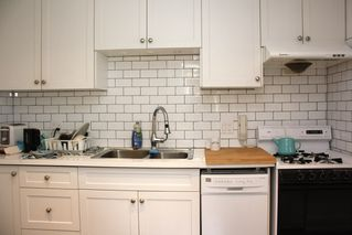 Photo 10: 796 E 13TH Avenue in Vancouver: Mount Pleasant VE House for sale (Vancouver East)  : MLS®# R2344961