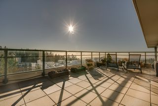 "Photo 34: 1102 14824 NORTH BLUFF Road: White Rock Condo for sale in ""BELAIRE"" (South Surrey White Rock)  : MLS®# R2350476"