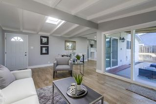Photo 6: CLAIREMONT House for sale : 4 bedrooms : 5440 Norwich Street in San Diego